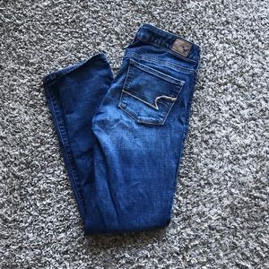 American Eagle Medium Wash Skinny Jeans size 4S